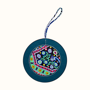 Round Christmas bauble